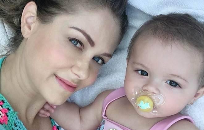 Ingrid Martz, atriz de A Que Não Podia Amar, vive momento de terror ao lado da filha