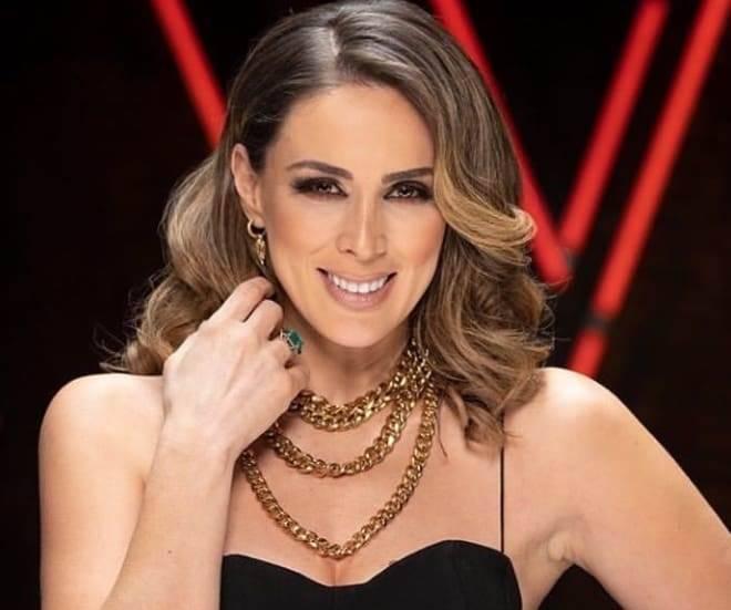 Jacqueline Bracamontes revela que foi difícil trabalhar com o ex