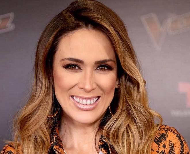 Jacqueline Bracamontes mostra participação em concurso de beleza