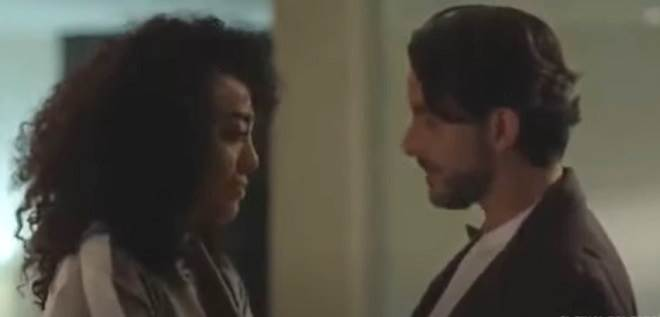 Betty, a Feia em Nova York: Armando acredita que Betty ficou com Joaquim