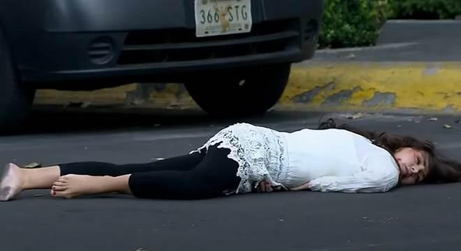 Quando Me Apaixono: Adriana sofre acidente e fica muito mal no hospital