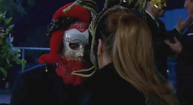 Quando Me Apaixono: Antônio impede Josefina de cometer mais um assassinato