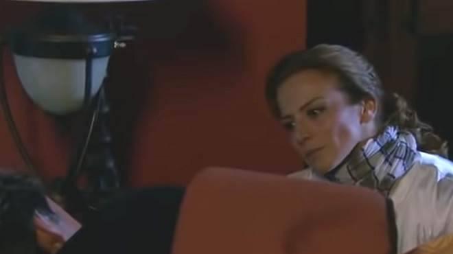 Quando Me Apaixono: Renata se irrita com Augusto e vai atrás de Jerônimo