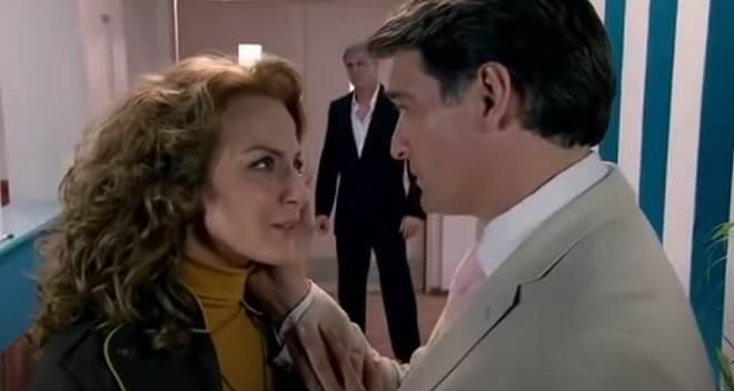 Quando Me Apaixono: Renata e Jerônimo se aproximam e Augusto fica com ciúmes