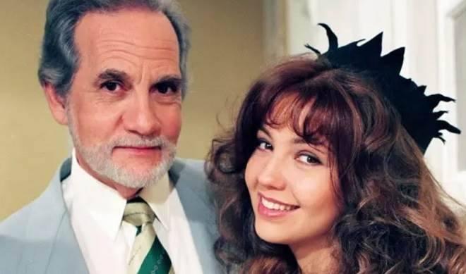 Thalia emociona com homenagem para ator de Maria do Bairro que morreu