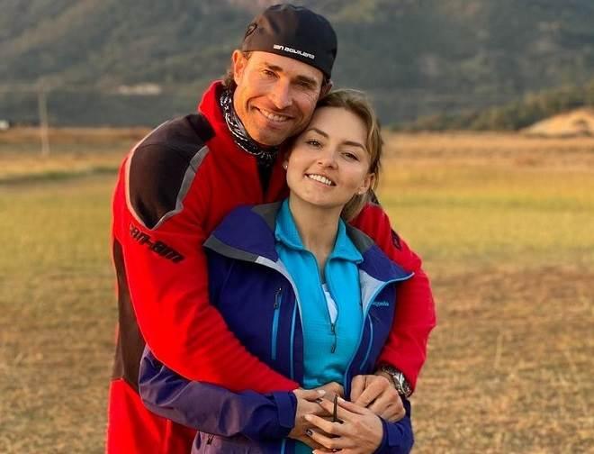 Sebastian Rulli e Angelique Boyer precisam ficar separados devido a problema de saúde